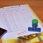 Kann ich ein Fernstudium auch ohne verpflichtende Präsenzphasen und Präsenzprüfungen (Prüfungen vor Ort) absolvieren?